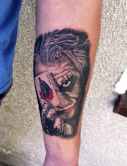 Naftattoo Studio Tatuażu